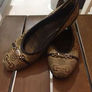 Authentic Gucci Flats