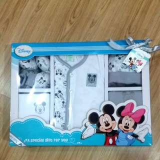 A Gift Set Mickey Mouse Disney