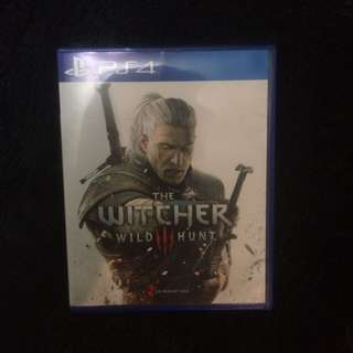Kaset PS4 The Witcher: Wild Hunt (used)