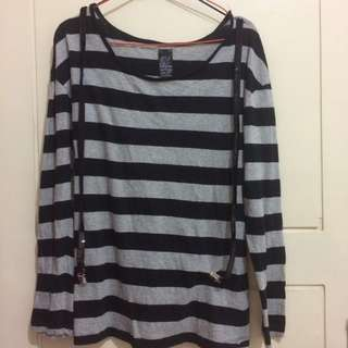 T-shirt Long Sleeve Black Stripped With Suspender Size M