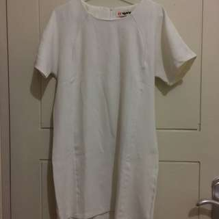 Perfect White Office Dress Size M