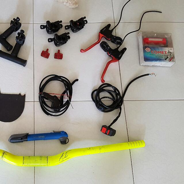 Assorted bicycle/escooter accessories