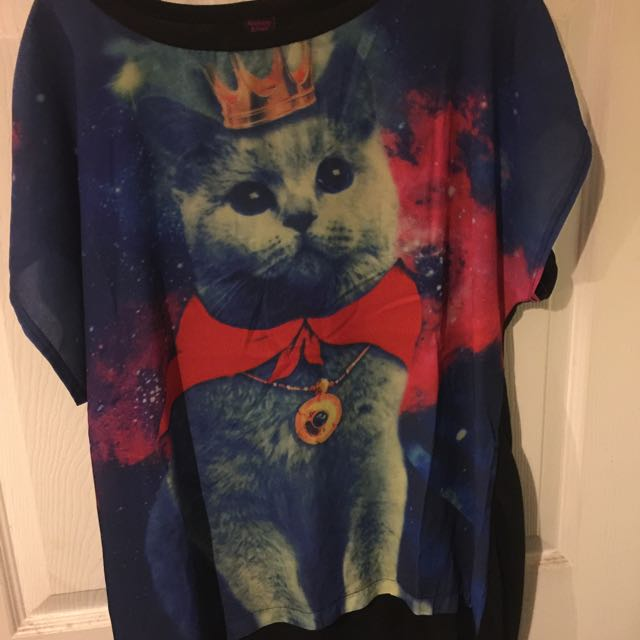 Cat Tee OSFA BNWOT