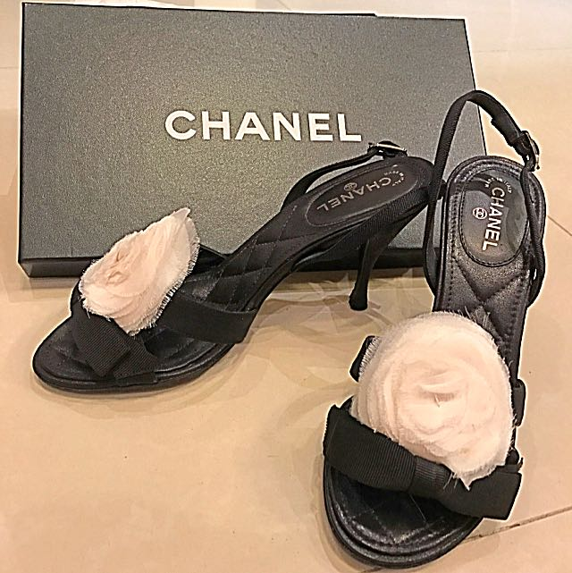 CHANEL高跟鞋