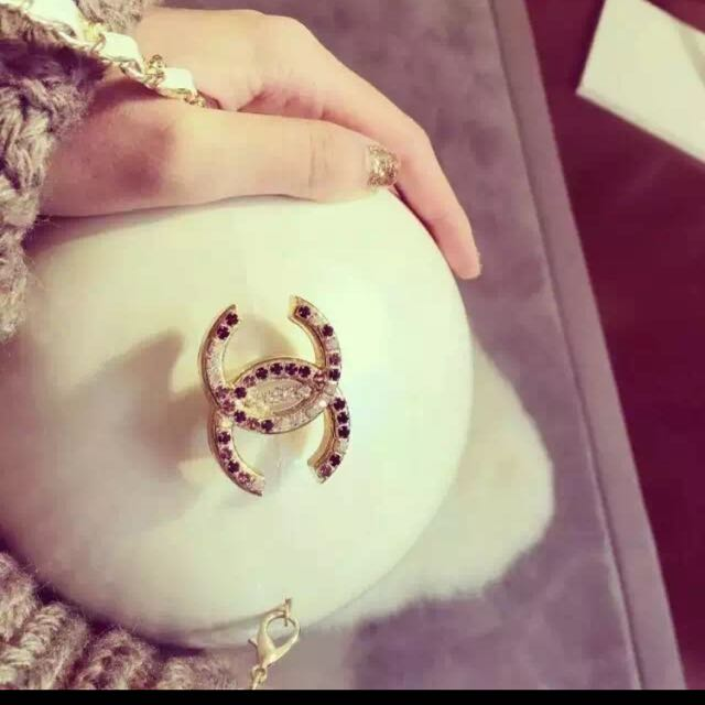 Chanel Pearl Colour Ball Clutch Brand New