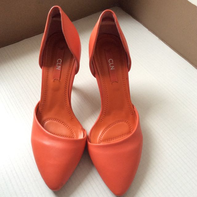 CLN Shoes (size 37)