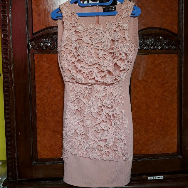 Crem Dress Body Fit