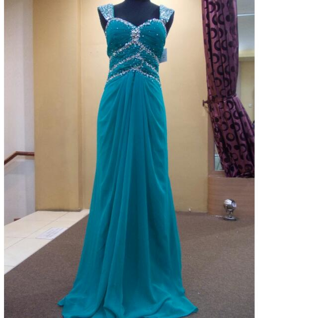 Gown Pesta