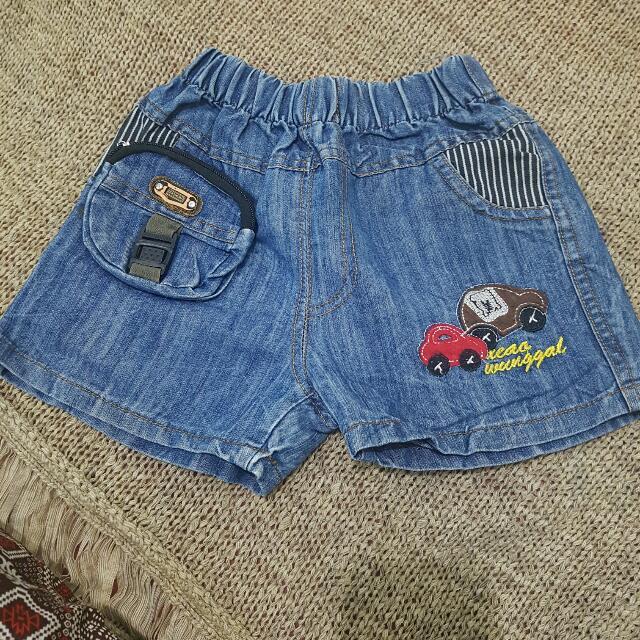 Jeans Shortpants      Pinggang Full Karet Mgkn Buat 2-3taunan  Kondisi Oke