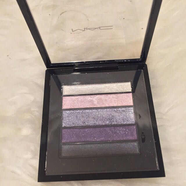 MAC plumlux Eyeshadow Pallette