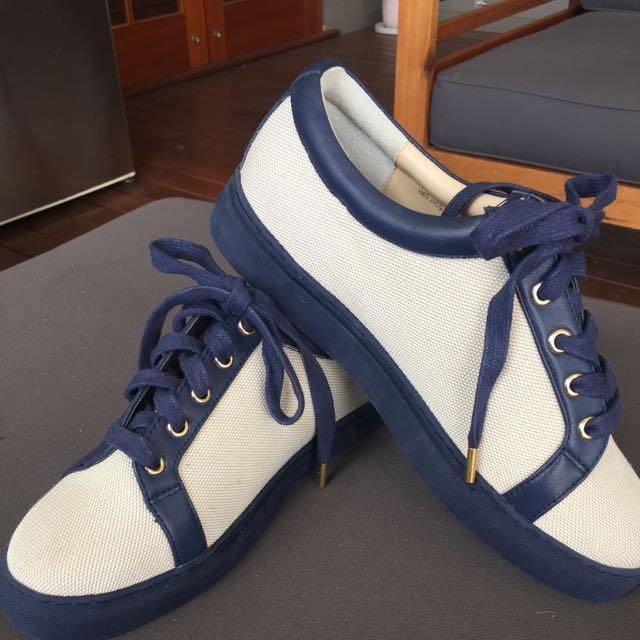 Oroton Jacquard Indigo Sneaker Size 40