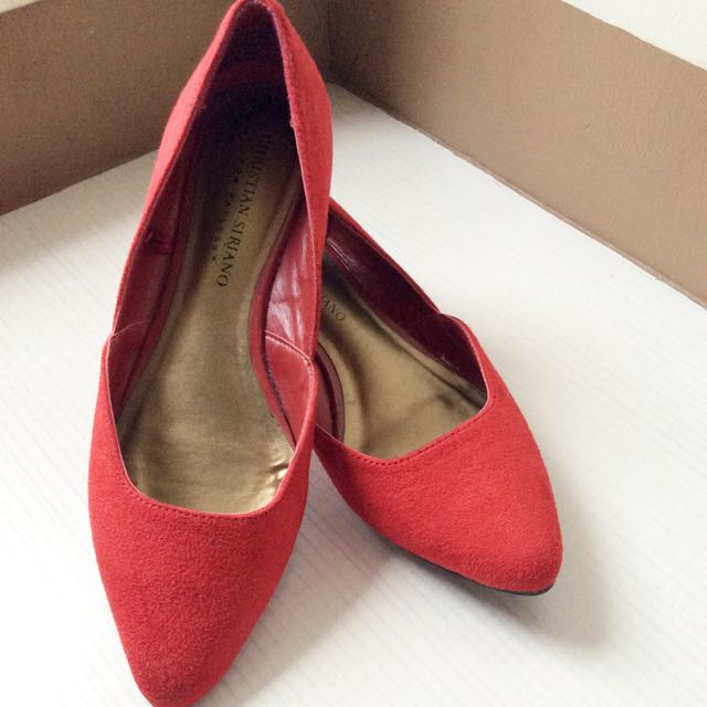 Red shoes (size 36)