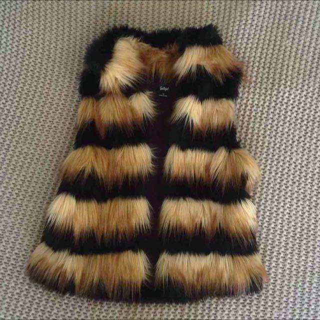 Sportsgirl Faux Fur Sleeveless Vest