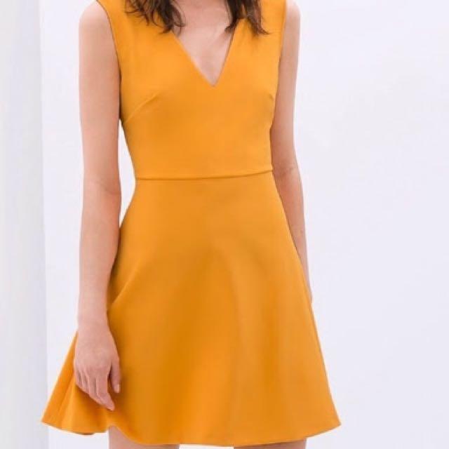 Zara Dress Sz Small Incl. Postage