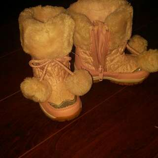 JOE FRESH Super Cute Winter Boots ! SIZE 5