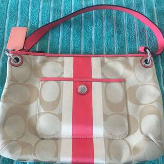 Preloved Coach Slingbag