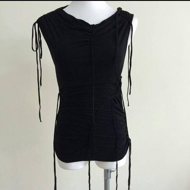 多帶綁帶彈性上衣#1111女裝買太多