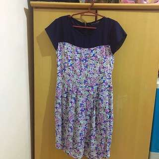 SO-EN Floral Dress Size Medium