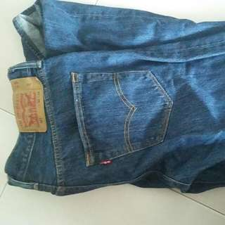 levi 501 jeans