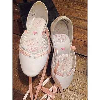 [RESERVED]Authentic Adidas Ballerina Flats White