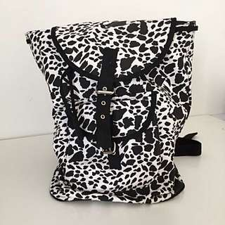 Black/White Canvas Backpack (Glassons)