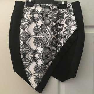Brand New Black And White Print Skirt
