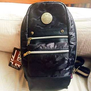 Travis Sling Bag