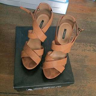 Forever 21 Brown Wedge w/ box