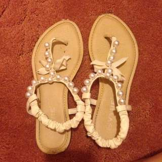 Pearl Summer Sandals Sz 7