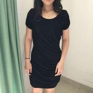Dress Layer Hitam