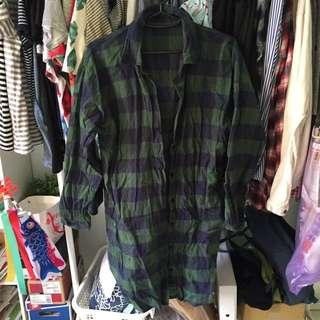 二手✌🏽️花柚子 綠格紋 線條 長 襯衫 罩衫 聖誕節