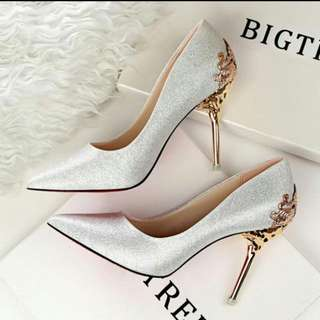 BN Silver Heels