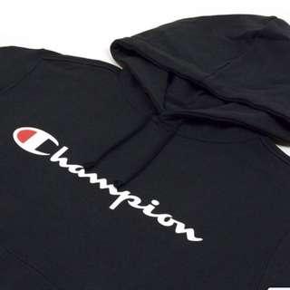 Champion 草寫帽T