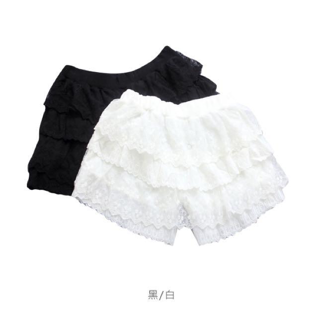 (二手)孕婦寫真-層層蕾絲蛋糕小短褲(白色)