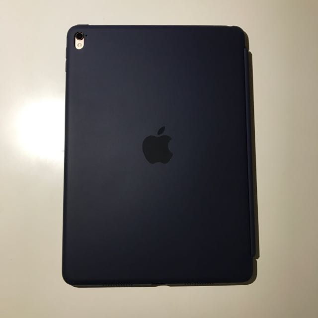 蘋果原廠 9.7吋iPad Pro 矽膠護套-午夜藍色,原價2490元