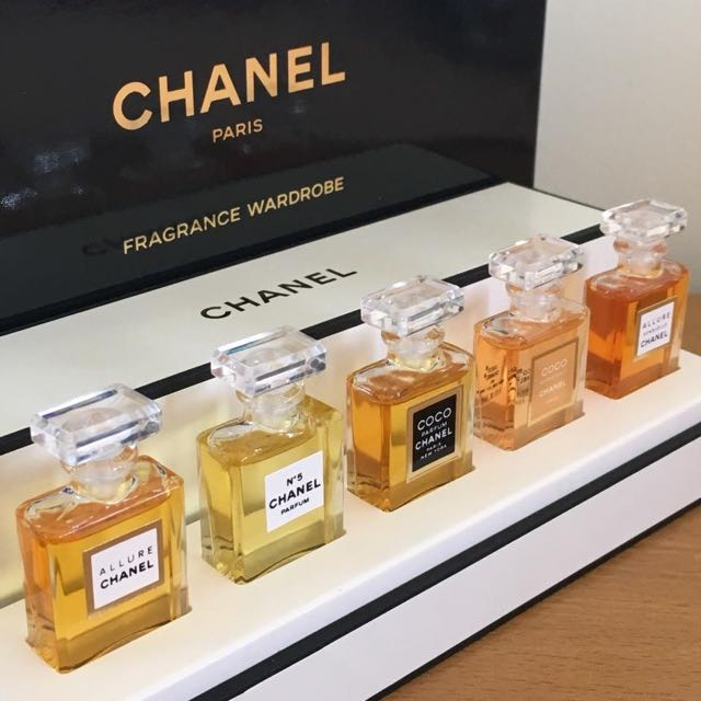 AUTHENTIC Chanel Paris Fragrance Miniature Set