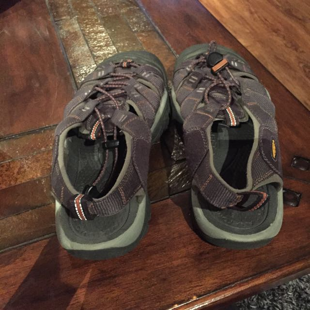 black hiking sandals
