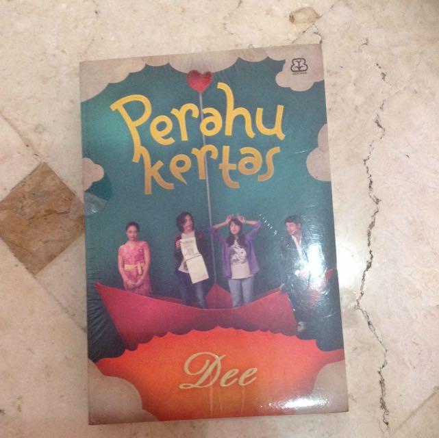 Brand New Perahu Kertas Dee