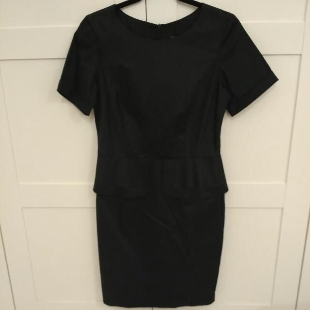 #FreePostage Cachet Peplum Work Dress