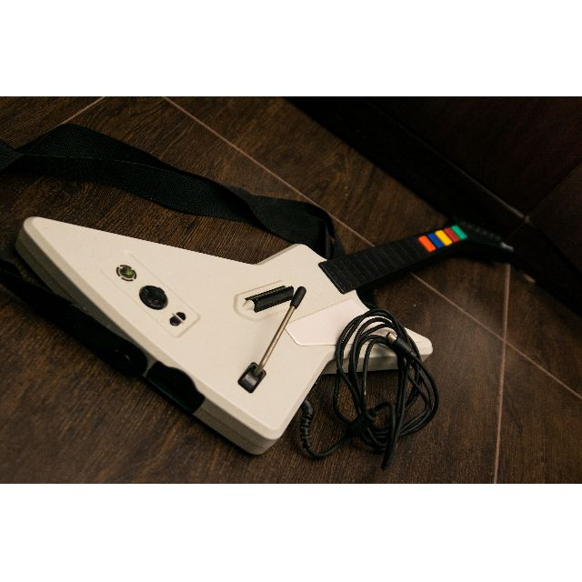Guitar Hero RedOctand Wired Controller Xbox 360 95157 805