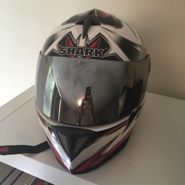 Helmet Shark R51. L