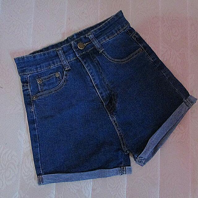 Hw Jeans Pendek