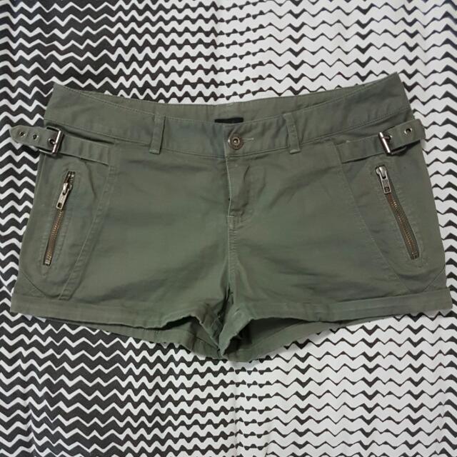 Khaki Green BARDOT shorts