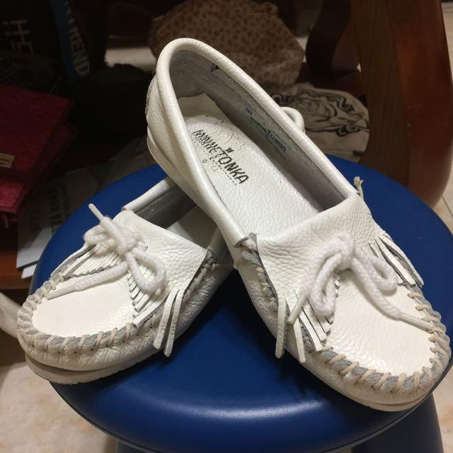 莫卡辛Minnetonk白色純皮流蘇鞋