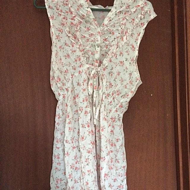 Size 14 Flowery Top