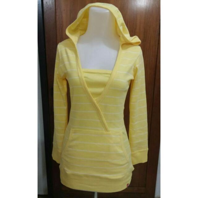 Sweater kuning