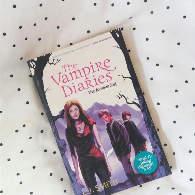 The Vampire Diaries : The Awakening