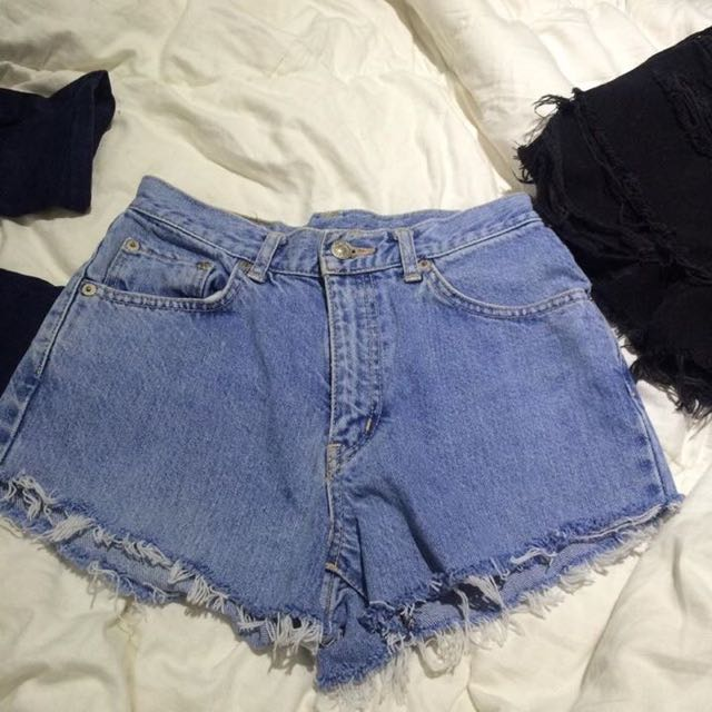 Vintage Denim Shorts Size (6-8)
