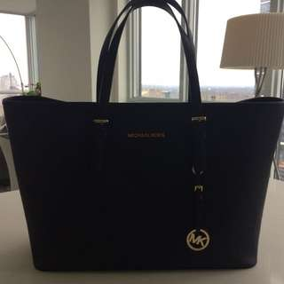 Michael Kors Jet Set laptop Bag
