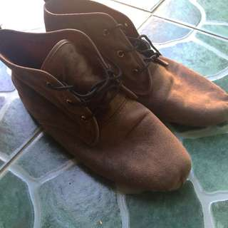 Artwork boots